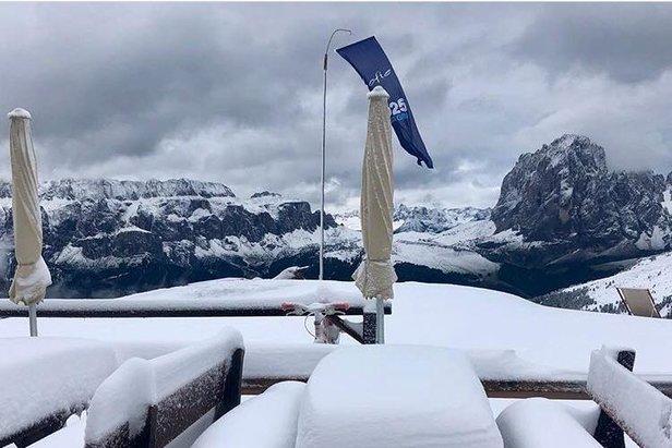 Alpy sú od víkendu pod snehom- ©Facebook FIS Alpine Ski World Cup Val Gardena