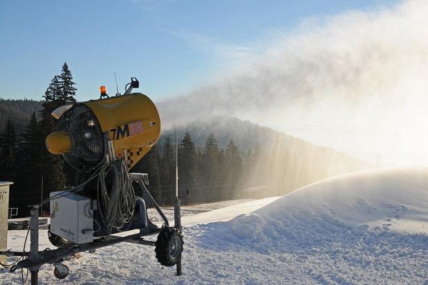 Schweitzer's snow gun working hard on November 19, 2018