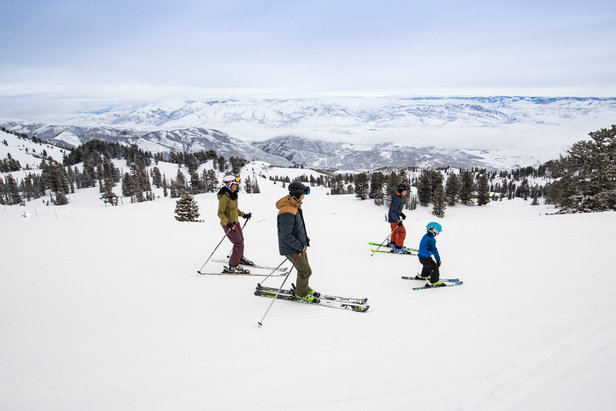 Where to Ski in Utah: Match Ski Trip Expectations to Ski Resort Destinations- ©Adam Clark