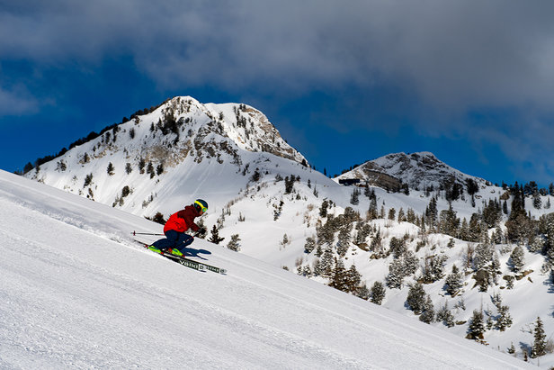 Utah Visitors Guide: What to do Every Month of Ski SeasonLee Cohen