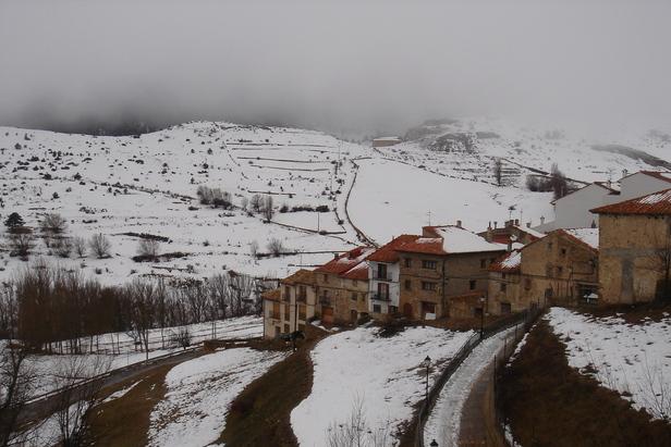 Valdelinares ESP village