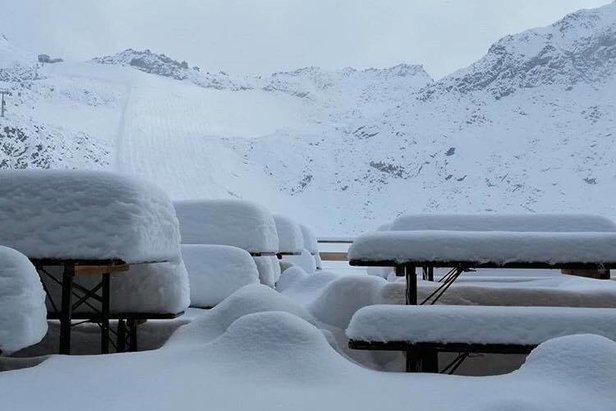 FOTO: Napadol prvý sneh tejto sezóny!Facebook Meteo-alps