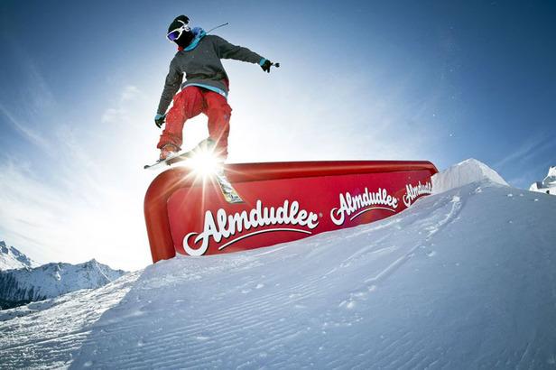 Almdudler Snowpark Sölden Freestyle Feast 7.