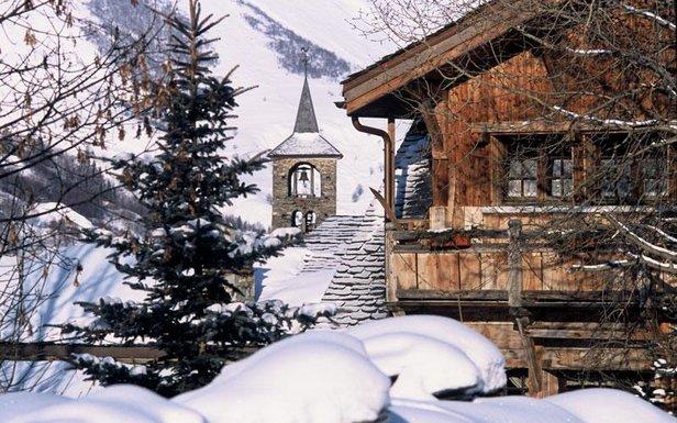 Goûtez aux charmes des petits villages de montagne ©Office de Tourisme de St Martin de Belleville