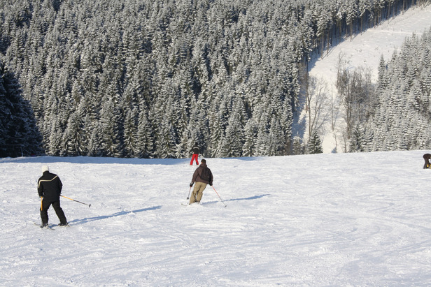 Europas ungewöhnlichste Skigebiete: Schussfahrt im Flachland