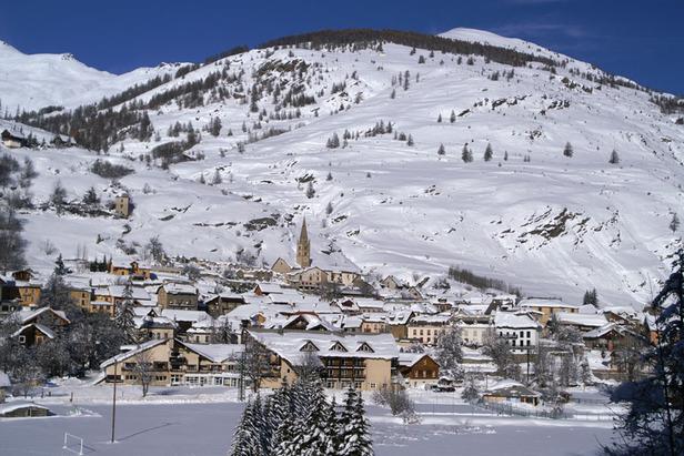 Station village d'Aiguille en Queyras