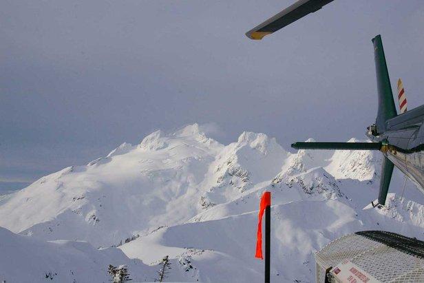 OTS Heli/Cat Guide: Northern Escape Heli Skiing ©Northern Escape Heli-Skiing
