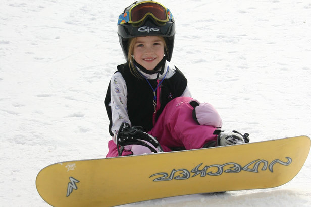 Snowboarding or Skiing for the Kids? Here's How to Decide- ©Bryce Resort
