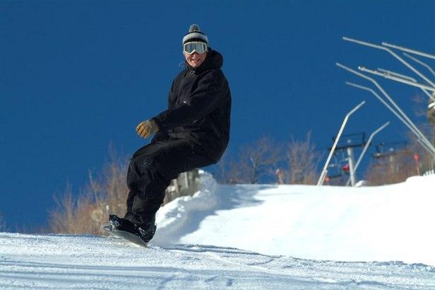 Hunter Mountain snowboarder