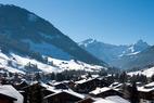 Skifahren im April: Neuschnee auf der Zugspitze - © Simone Bonaventure