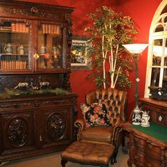 Ski Country Antiques & Home merchandising - © Ski Country Antiques & Home