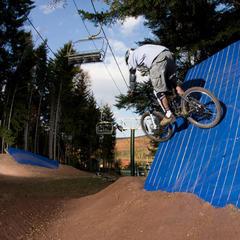 Snowshoe WV mtn biker - © Snowshoe