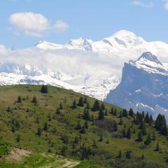 Vue sur la chaine du Mont-Blanc depuis la Bourgeoise - © Stéphane GIRAUD-GUIGUES / Skiinfo.fr