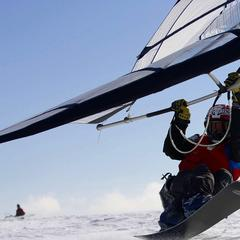 Adrenalinový zážitek - Snowkitting