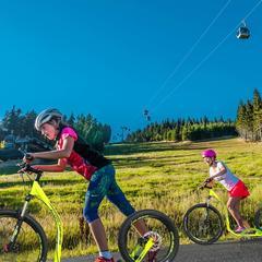 O víkendu se poprvé rozjedou 3 lanovky SkiResortu - ©SkiResort Černá hora - Pec