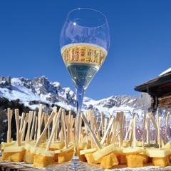 L'aperitivo delle Dolomiti è a San Martino di Castrozza - ©San Martino di Castrozza Facebook