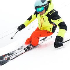 caractéristiques d'une bonne tenue de ski - © Spyder
