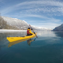 kayak hiver Interlaken - © Office de Tourisme d'Interlaken