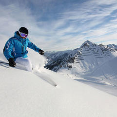 Ski: Kaufen oder mieten? - ©sytle and sport