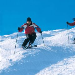 Crystal Mountain MI skiers