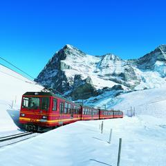 Wouldn't it be nice to start your ski holiday from the moment you step onto the carriage - © Jungfrau Turismus