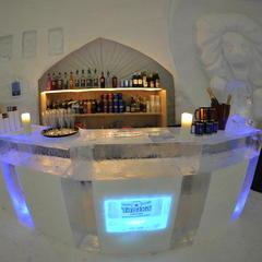 Bar v Iglu Dorf - © Iglu Dorf GMBH