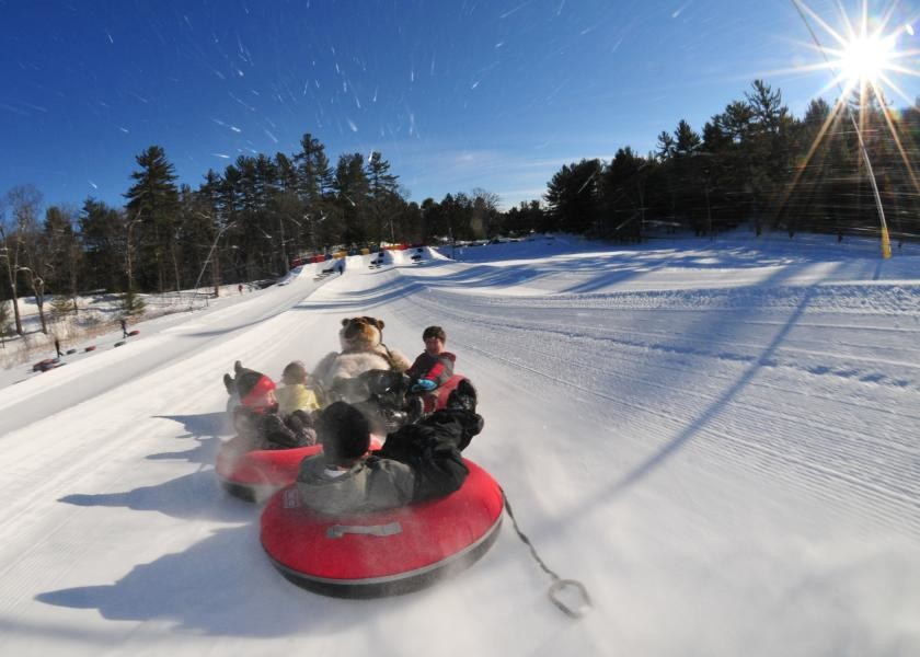 Snow tubing à King Pine